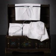 Λαδόπανο Βάπτισης Λευκό με Φιογκάκι και Μπλε Κορδονάκι