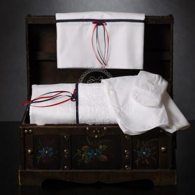 Λαδόπανο Βάπτισης Λευκό με Μπλε Κόκκινο Σατέν Φιογκάκι και Μπλε Κουμπάκι