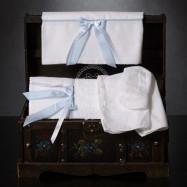 Λαδόπανο Βάπτισης Λευκό Σιέλ με Ριγέ και Πουά Φιογκάκια