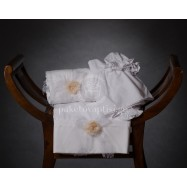 Λαδόπανο Βάπτισης Λευκό με Δαντελένιο Φιόγκο και Χειροποίητο Σομόν Λουλουδάκι