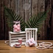 Mπομπονιέρα Βάπτισης Χάρτινο Ροζ Κουτάκι με Ξύλινη Σκαλιστή Πεταλούδα