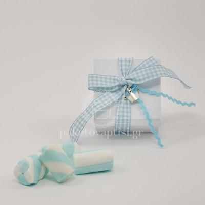 Μπομπονιέρα Βάπτισης Χάρτινο Λευκό Κουτάκι Καρό Σιέλ Φιογκάκι με Μεταλλική Κορώνα