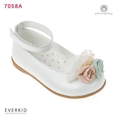 Λευκά Δερμάτινα Παπουτσάκια Περπατήματος για Κορίτσια με Λουλούδια Everkid 7058Α