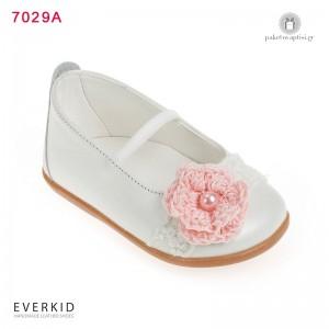 Γοβάκια για τα Πρώτα Βήματα με Δαντέλα και Πλεκτό Λουλούδι Everkid 7029